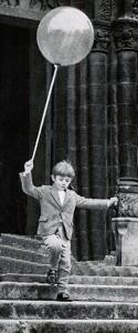 dreng med ballon